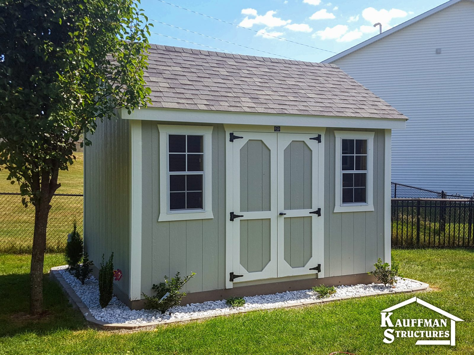 shed with nice gravel pad 1