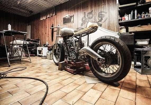 Beast-in-The-Room-caferacer-honda-retro-scrambler-motorcycle-triumph